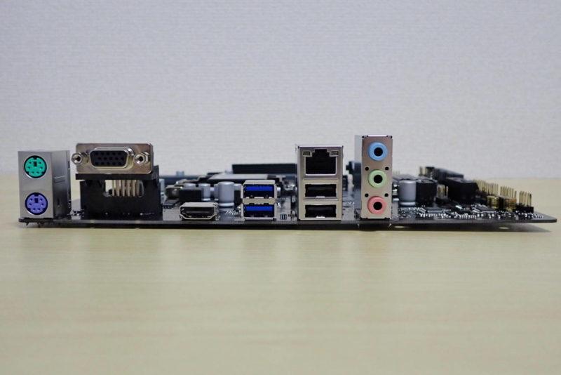 ASUS MicroATXマザーボード PRIME H310M-E R2.0の背面インターフェース