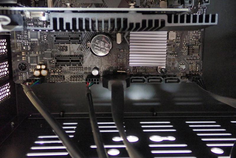 JONSBO V4 PCケースのケーブルをマザーボードに接続