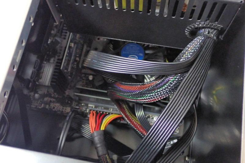 JONSBO V4 PCケースの組み立て完成